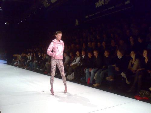 Fashion360_084
